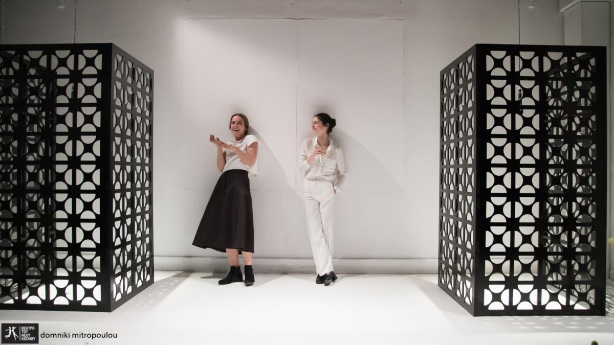 """Η Έφη Μαρίνου στην Εφημερίδα των Συντακτών – """"Persona"""", από τη μεγάλη οθόνη στη σκηνή – Το αριστούργημα του Ινγκμαρ Μπέργκμαν «Persona» (1966) παρουσιάζει η ομάδα Elephas tiliensis, σε σκηνοθεσία του Δημήτρη Αγαρτζίδη και της Δέσποινας Αναστάσογλου, στο Δώμα του Θεάτρου του Νέου Κόσμου."""